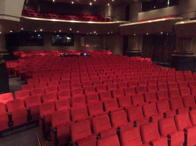 Theater-De-Maagd2_682x509